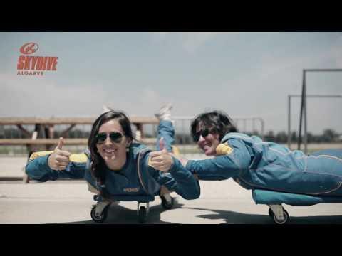Skydiving Tips: How to take grips  /  Skydive Algarve