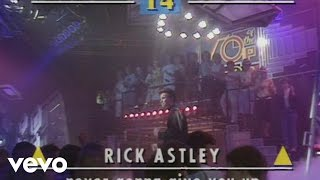 getlinkyoutube.com-Rick Astley - Never Gonna Give You Up [Top Of The Pops 1987]