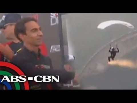 WATCH: Daring skydiver uses small parachute