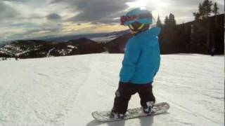getlinkyoutube.com-4 Year Old Snowboard Girl - Riley Wendt