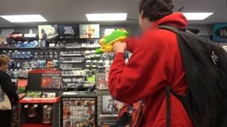 getlinkyoutube.com-GameStop GTA 5 Robbery Prank!