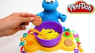 getlinkyoutube.com-Play Doh Cookie Monster Letter Lunch Mold Cookies Sesame Street Playset playdo by lababymusica