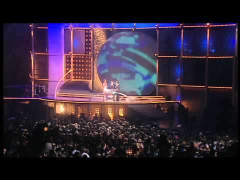 Westlife win Pop Act presented by Cat Deeley | BRIT Awards 2001