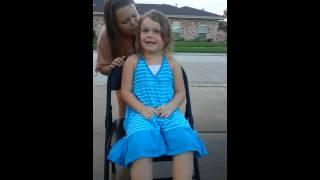 getlinkyoutube.com-Molly's ice bucket challenge. OMG...she peed! Lol