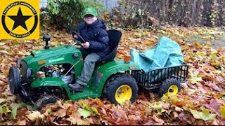 getlinkyoutube.com-CHILDREN Tractor JOHN DEERE on DUTY Autumn Works by Jack (5)