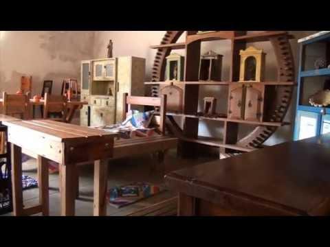 Móveis rústicos com madeira reciclada - Programa Sincovat