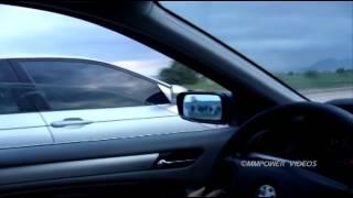 """getlinkyoutube.com-BMW E46 328i """"Manuel"""" vs BMW E46 330i """"Auto"""" Rolling"""