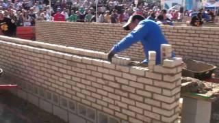getlinkyoutube.com-SPEC MIX Bricklayer 500 Competition 2009