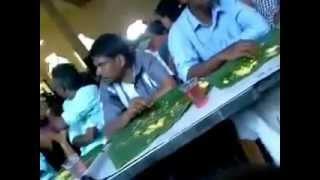 getlinkyoutube.com-Kerala funny marriage dinner real video