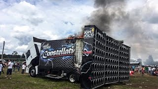 getlinkyoutube.com-Caminhão Constellation G2  Pega-fogo-em-evento de Som Automotivo