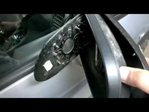 Как снять накладку (защиту) зеркала заднего вида на опель зафира А