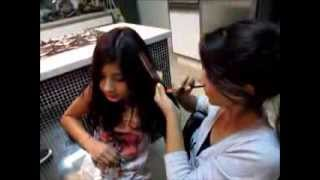 getlinkyoutube.com-Como fazer mechas coloridas sem tingir os cabelos