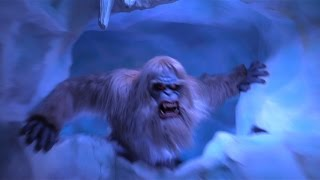 getlinkyoutube.com-FULL POV 2015 Matterhorn Bobsleds ride with new Abominable Snowman effects - Right Side