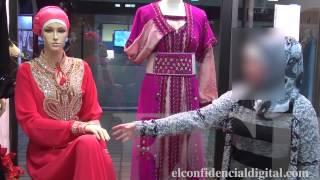 getlinkyoutube.com-Una mujer musulmana explica cómo son sus vestidos que utiliz