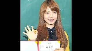 getlinkyoutube.com-K-POP Idols' High School Graduation 2013