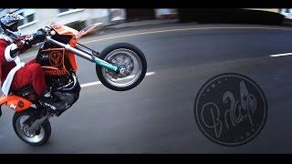 getlinkyoutube.com-Santa Claus Is Coming | Supermoto Lifestyle | KTM LC4 640