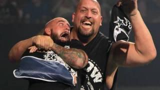 getlinkyoutube.com-SmackDown: Big Show rips off CM Punk's mask