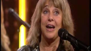 getlinkyoutube.com-Does your Mother know - Suzi Quatro & Andy Scott