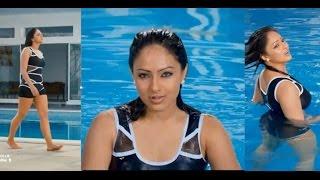 getlinkyoutube.com-nikesha patel in bikini hot