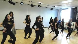 getlinkyoutube.com-Dhoom Machale Dance Dhoom 3