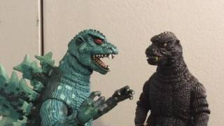 getlinkyoutube.com-Neca Godzilla's: all the rage.