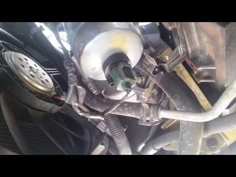 Замена топливного Фильтра на Chrysler Voyager 2,8- Kraftstofffilter wechsel.