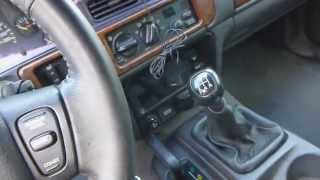 getlinkyoutube.com-Jeep Grand Cherokee ZJ 5.2L V8 - 5-speed manual swap Explanation