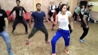 Disha Patani Dance Rehearsal With Boys - Latest Video width=