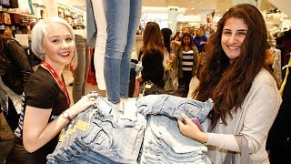 getlinkyoutube.com-H&M Stores on the World in chaos with shoppers for Balmain collection