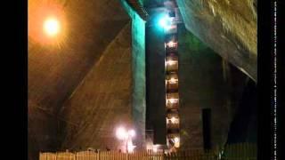 Area 51 underground, UFO, Secret military base for 2012   YouTubeSnips