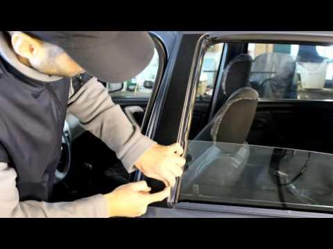 Наклейки на стойки дверей Renault Logan, Sandero