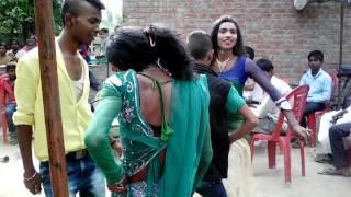 getlinkyoutube.com-AZAMGARH ravi/baabi band baja dance(1)