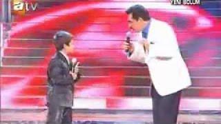 getlinkyoutube.com-Iranian Kid singing in Turkish amazing voice feat  Kurdish Star Ibrahim tatlises