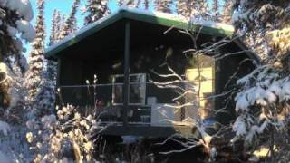 getlinkyoutube.com-Extremely cool: Life in a small cabin in Fairbanks, Alaska