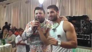 Пълнят потника на Издислав с долари / Тони Стораро и Фики - Кажи ми като мъж
