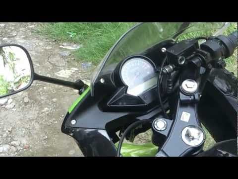 honda cbr 150r black green