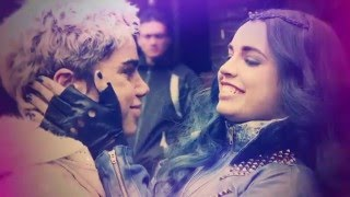 getlinkyoutube.com-Descendants Behind The Scenes (Set it Off) - The Friendship | Official Disney Channel Africa