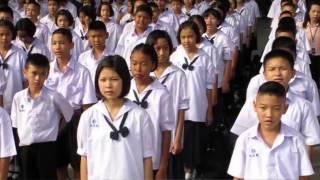 getlinkyoutube.com-Resisting Conformity in Thailand