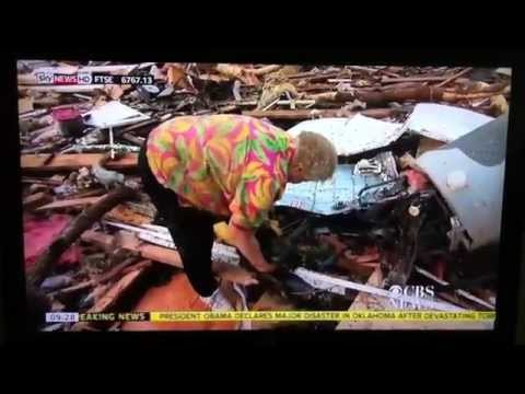 Woman finds Dog on LIVE TV after Oklahoma Tornado