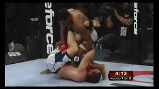 getlinkyoutube.com-48-Year Old Herschel Walker Wins 2nd Stright MMA Fight By TKO!