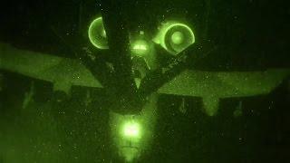 getlinkyoutube.com-KC-135 Stratotanker Refuels A-10 in the Darkness