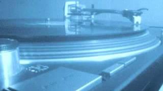 getlinkyoutube.com-Tiësto feat. Kay - Work Hard, Play Hard.wmv