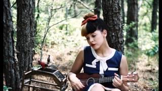 getlinkyoutube.com-Melanie Martinez - Toxic (cestladore remix)
