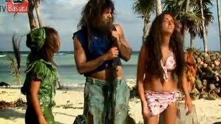 "getlinkyoutube.com-La familia P. Luche (2x01) ""Naufragos/Perdidos"" HD- Segunda temporada"