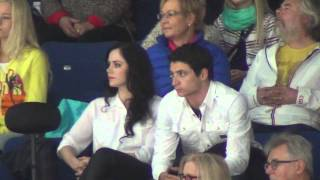 getlinkyoutube.com-Finlandia Trophy 2013 Tessa VIRTUE / Scott MOIR watchining Yuzuru HANYU FS 00547