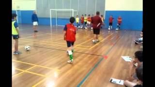 getlinkyoutube.com-1 v 1 defending futsal skills