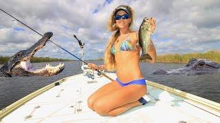 ALLLIGATOR INFESTED Florida Swamp Freshwater Bass Fishing