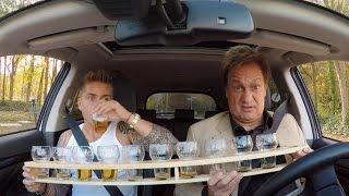 getlinkyoutube.com-Henny Huisman brengt André Hazes Jr. naar de studi - CARLO'S TV CAFÉ