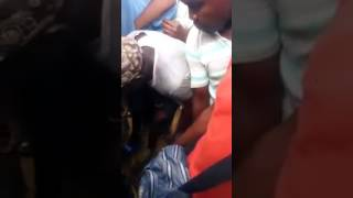 Video of a woman caught trying to kidnap two children