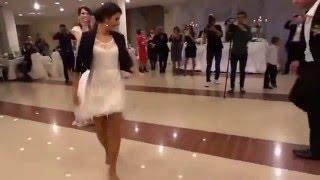 getlinkyoutube.com-Azərbaycanli qiz  2015 - هنر رقص بسیار زیبای دختر آذربایجانی در جشن عروسی
